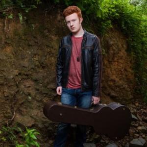 Adam Wallace, UK singer, UK Guitarist, Guitar player